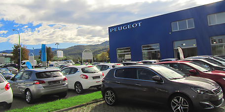 Car dealership Peugeot